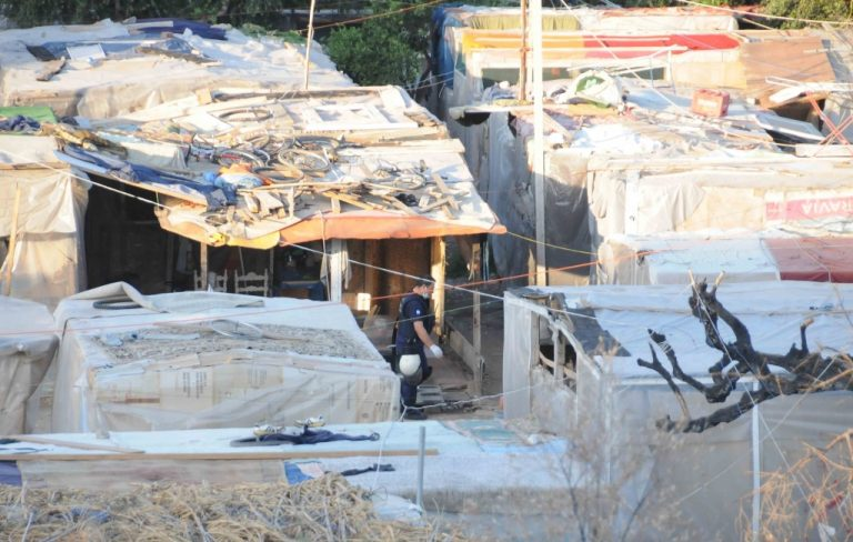 Πληθαίνουν οι επιθέσεις μίσους – 'Εκρηξη σε τζαμί στην Κρήτη | Newsit.gr