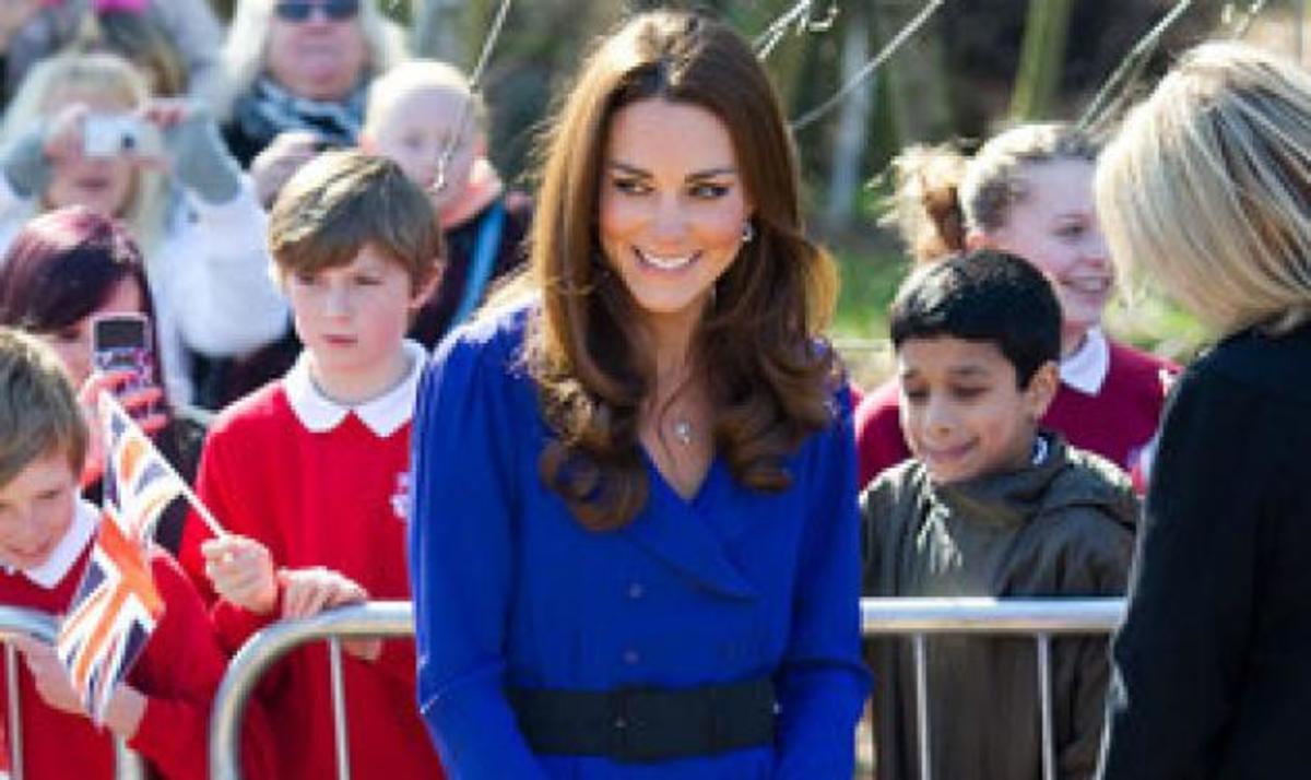 Η Κate βγάζει τον πρώτο βασιλικό της λόγο ως Δoύκισσα!   Newsit.gr