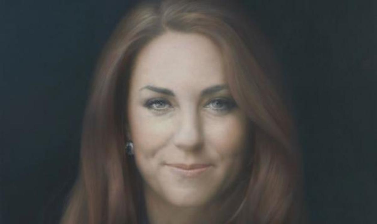 Αυτό είναι το πρώτο επίσημο πορτρέτο της Δούκισσας του Cambridge! | Newsit.gr