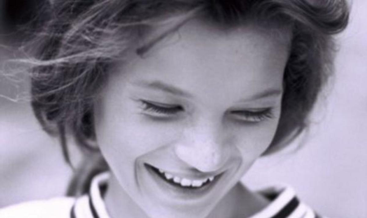 Την αναγνωρίζεις; Ποια είναι η διάσημη που βλέπεις στην photo; | Newsit.gr
