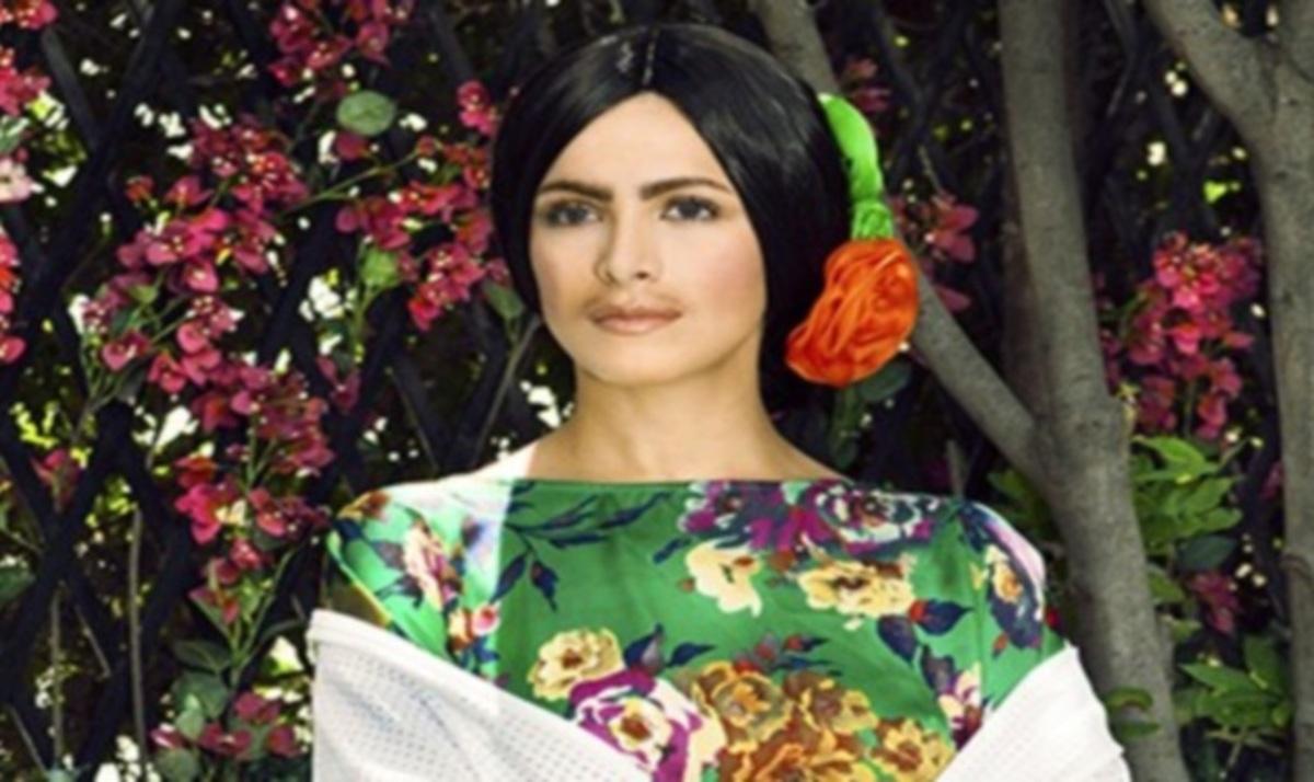 Αγνώριστη η Κ. Καινούργιου! Μεταμορφώθηκε σε Φρίντα Κάλο | Newsit.gr