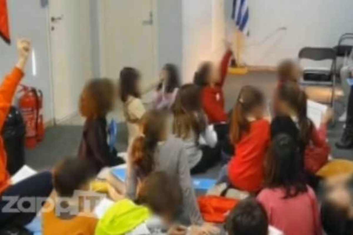 Τι διδάσκεται στο κατηχητικό της Χρυσής Αυγής;   Newsit.gr