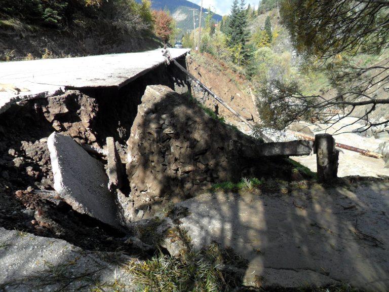 «Βούλιαξε» ολόκληρος ο δρόμος στην Εθνική Οδό Πρέβεζας Ηγουμενίτσας | Newsit.gr