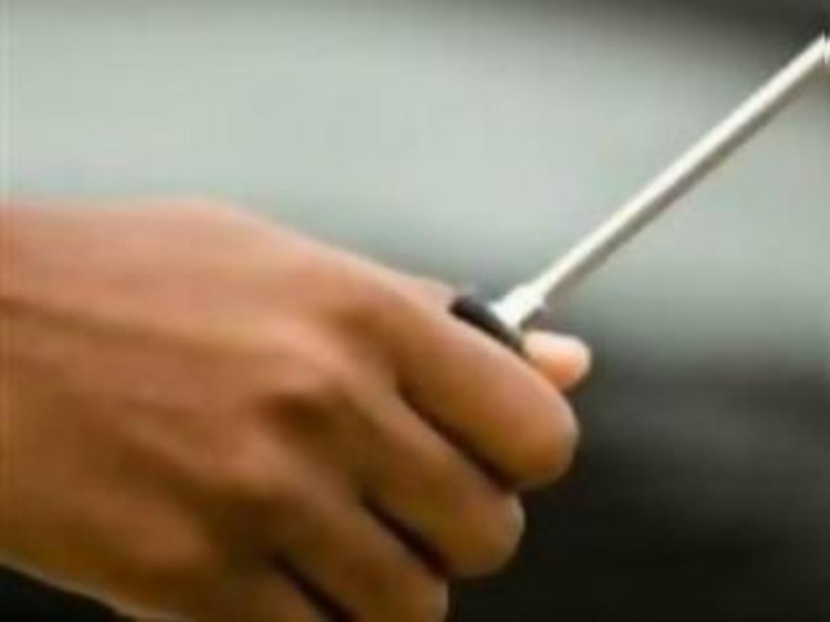Πάτρα: Μαθητής απείλησε καθηγητή… με κατσαβίδι! | Newsit.gr
