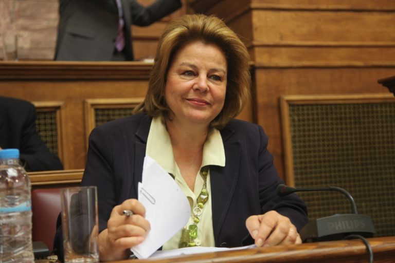 Μέσα στο Δεκέμβριο νόμος οι νέες επιχειρησιακές συμβάσεις | Newsit.gr