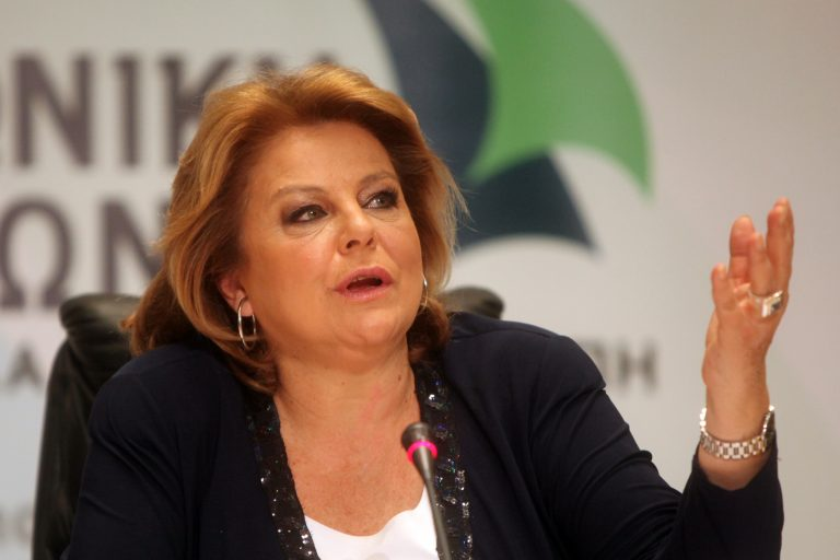 Κατσέλη: «Πού βρισκόταν ο Βενιζέλος πριν ένα μήνα που υπεγράφη το δεύτερο μνημόνιο;» | Newsit.gr