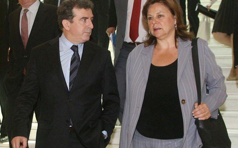 «Ροκανίζουν» την καρέκλα της Κατσέλη | Newsit.gr