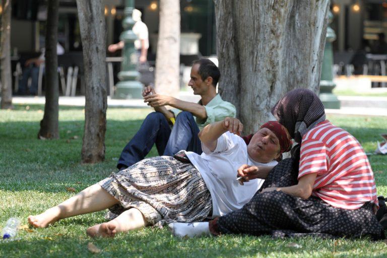 Οδηγίες προς τους πολίτες για προστασία από τον καύσωνα | Newsit.gr