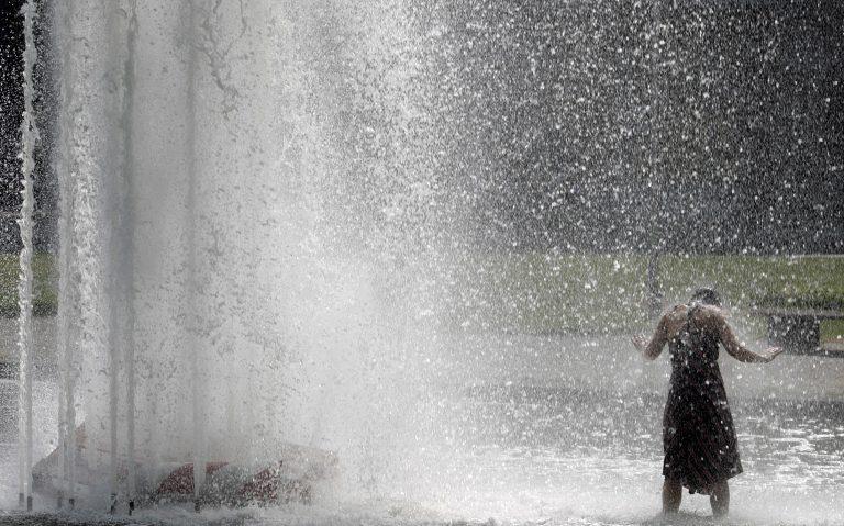 Άπνοια, καύσωνας και τοπικές βροχές | Newsit.gr