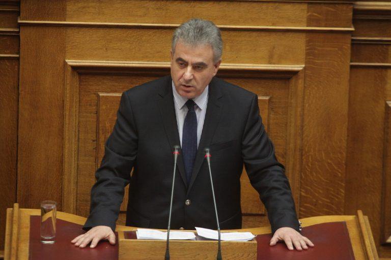 «Οχι» της Ολομέλειας στις άρσεις ασυλίας για Αυλωνίτου και Καββαδά | Newsit.gr