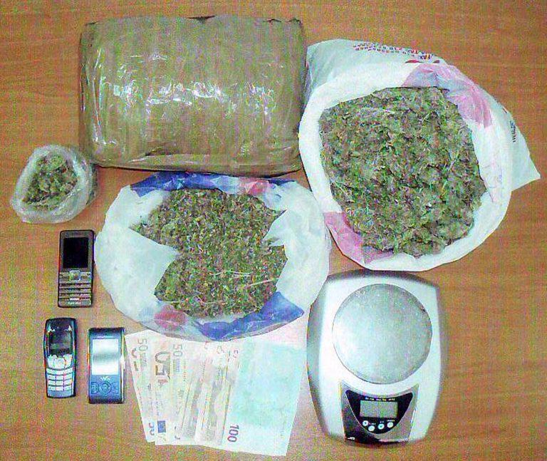 Καβάλα: Δεν είχαν χαρτιά, είχαν όμως ναρκωτικά! | Newsit.gr