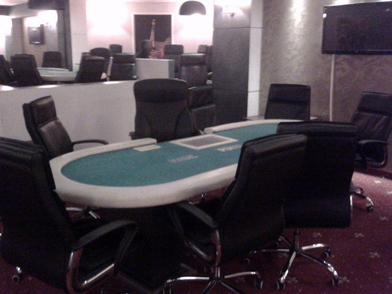 Βρέθηκε άλλο ένα παράνομο καζίνο στο κέντρο της Αθήνας | Newsit.gr