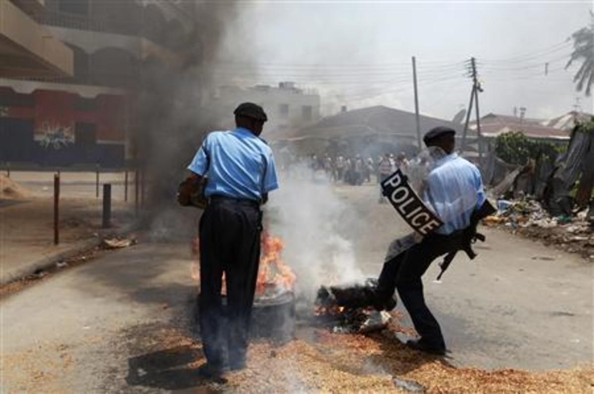 Δολοφόνησαν δυο αστυνομικούς στην Κένυα | Newsit.gr