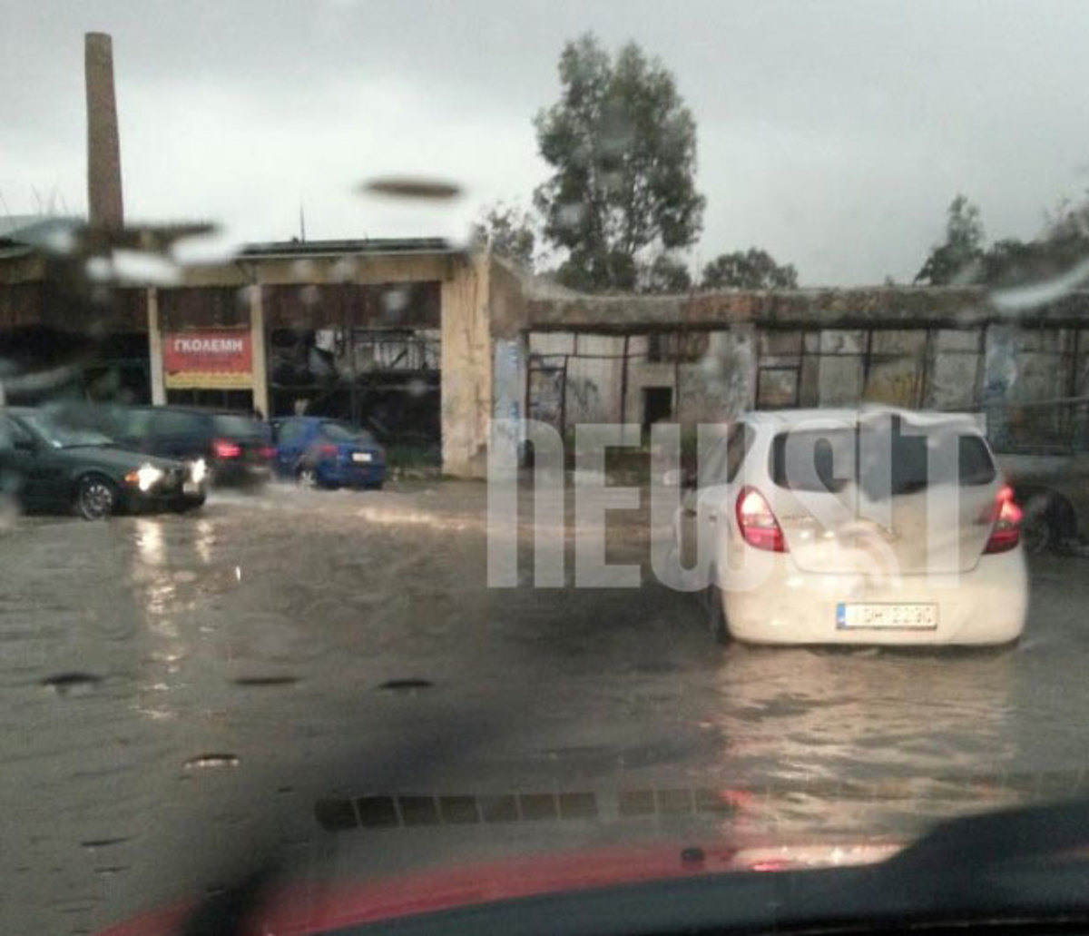 Καταιγίδα: Έριξε 75 λίτρα νερού σε ένα τετραγωνικό μέτρο! | Newsit.gr