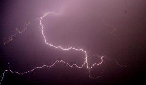 Κεραυνός σκότωσε μοτοσικλετιστή στην Εγνατία οδό