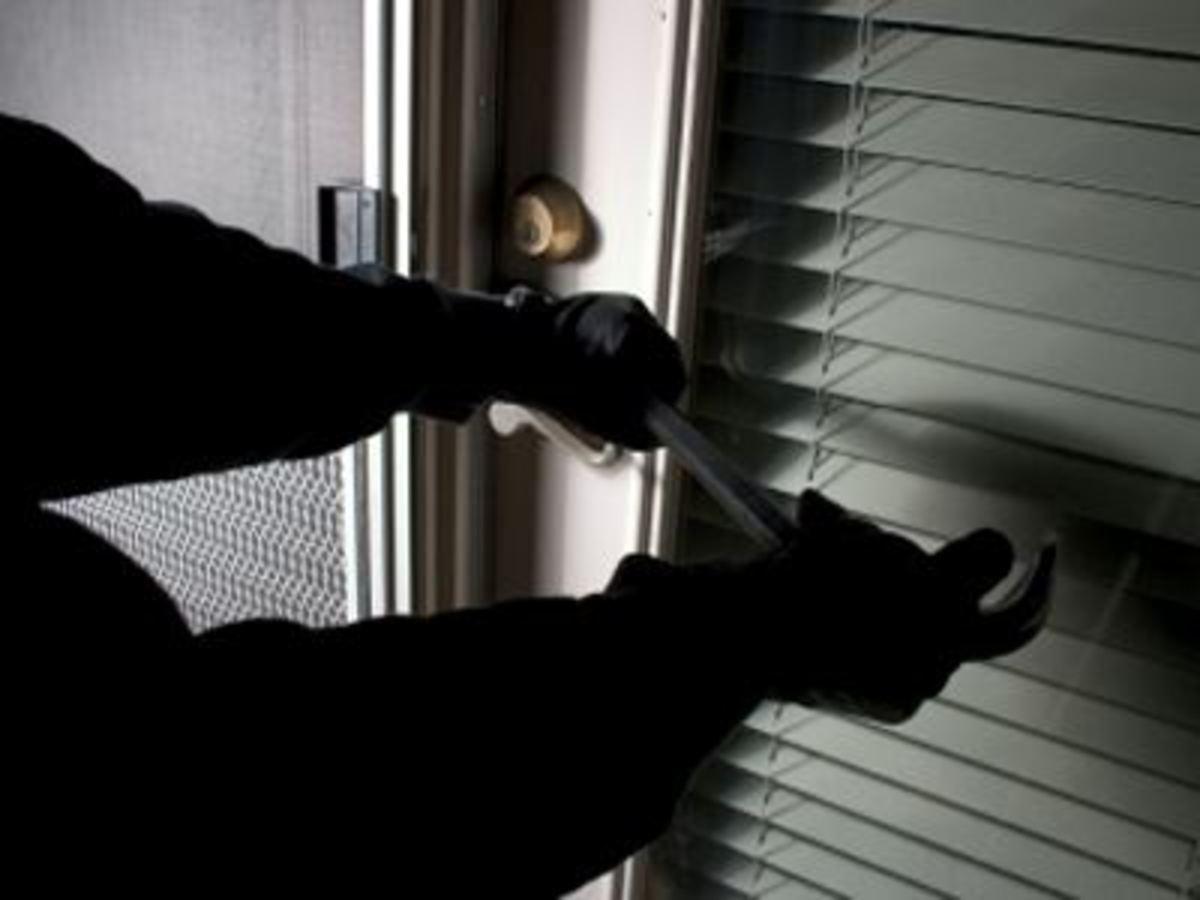 Κέρκυρα: Οι κλέφτες έπεσαν πάνω στην περιπολία… | Newsit.gr
