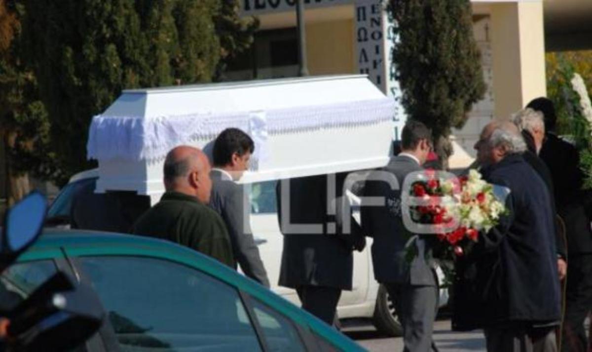 Κηδεύτηκε σήμερα ο αδικοχαμένος μπασίστας Π. Καπρίδη | Newsit.gr