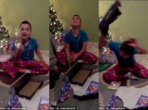 Αφού δεν τους έδειρε! Πιτσιρικάς «τρελαίνεται» που πήρε λάθος δώρο! (ΒΙΝΤΕΟ)