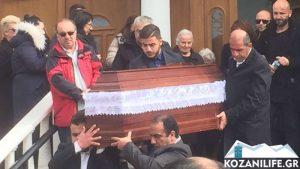 Τροχαίο Αθηνών – Λαμίας: Σπαραγμός στις κηδείες μάνας και παιδιού – Τελευταίο αντίο στην Αποστολία και τον Παύλο της!