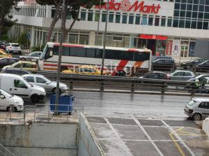 Απεργία, βροχή και κόλαση στους δρόμους! «Πήχτρα» οι δρόμοι της Αθήνας