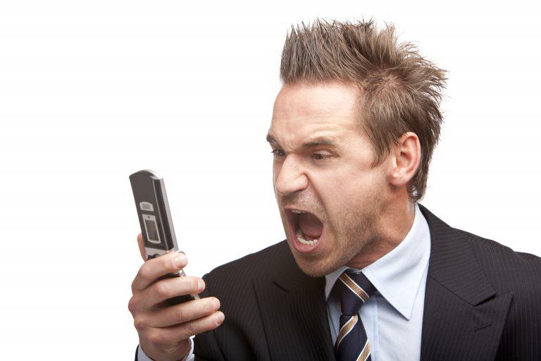 Προσοχή για τις χρεώσεις των κινητών στο ίντερνετ | Newsit.gr