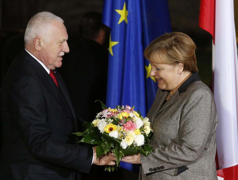 Πρόεδρος Τσεχίας: Δε φταίει, αλλά αφήστε την Ελλάδα να βγει από την ευρωζώνη!   Newsit.gr