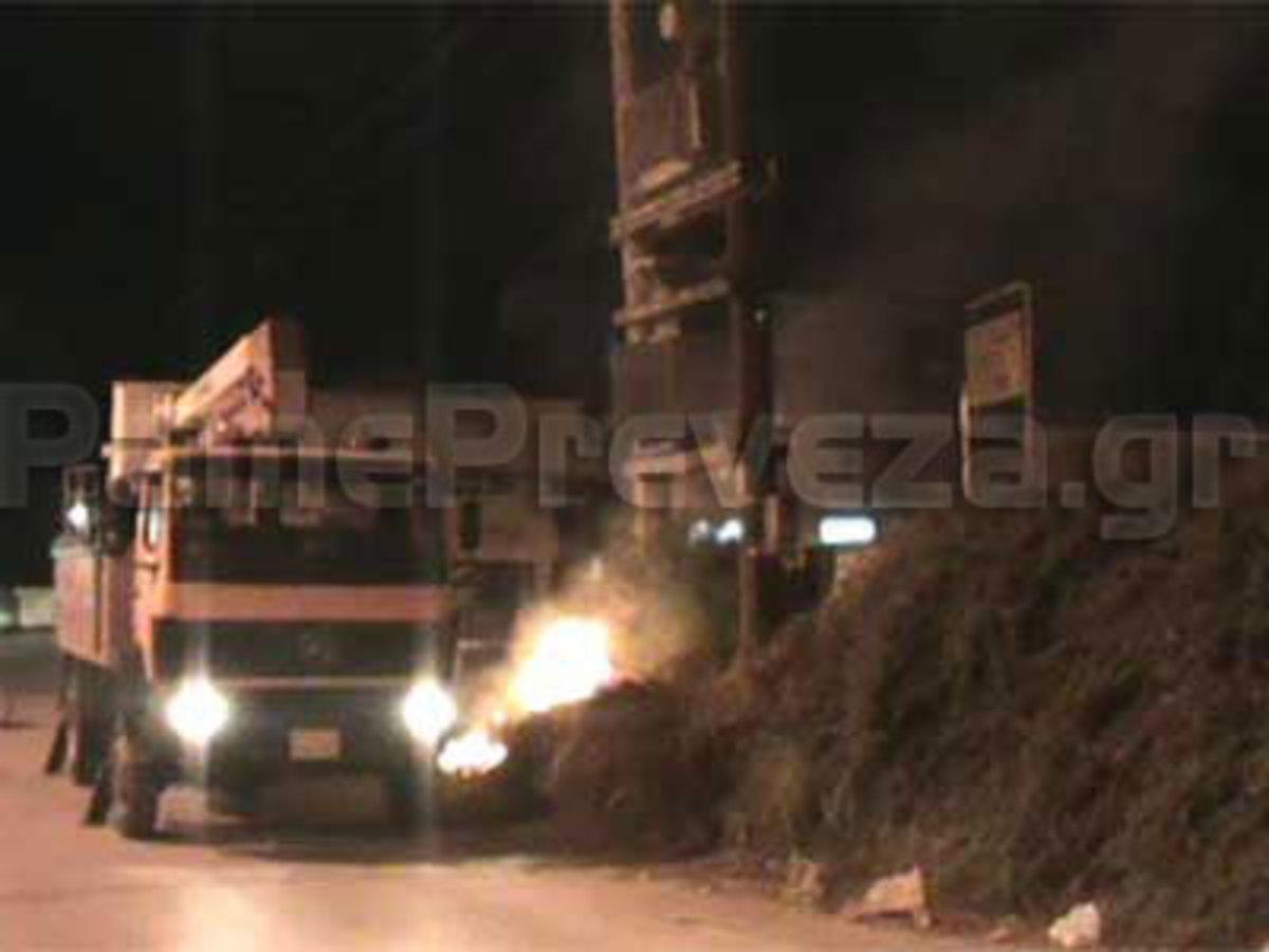Πρέβεζα: Παραλίγο φωτιά από κολώνα της ΔΕΗ… | Newsit.gr