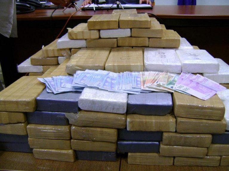 Θα πλημμύριζαν τα νησιά με κοκαΐνη – Έφερναν πάνω από 167 κιλά αλλά… τους έπιασαν – ΦΩΤΟ | Newsit.gr