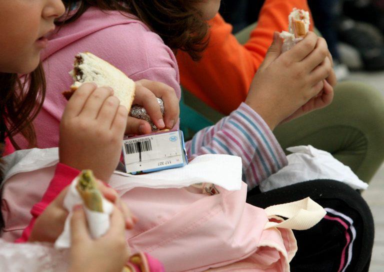 400 οικογένειες στο Ηράκλειο πεινάνε! Δεν έχουν ούτε για το κολατσιό των παιδιών τους! | Newsit.gr