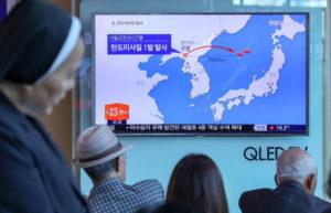 Βόρεια Κορέα: Χαρές και πανηγύρια Κιμ Γιονγκ Ουν για τη νέα δοκιμή! [pics]