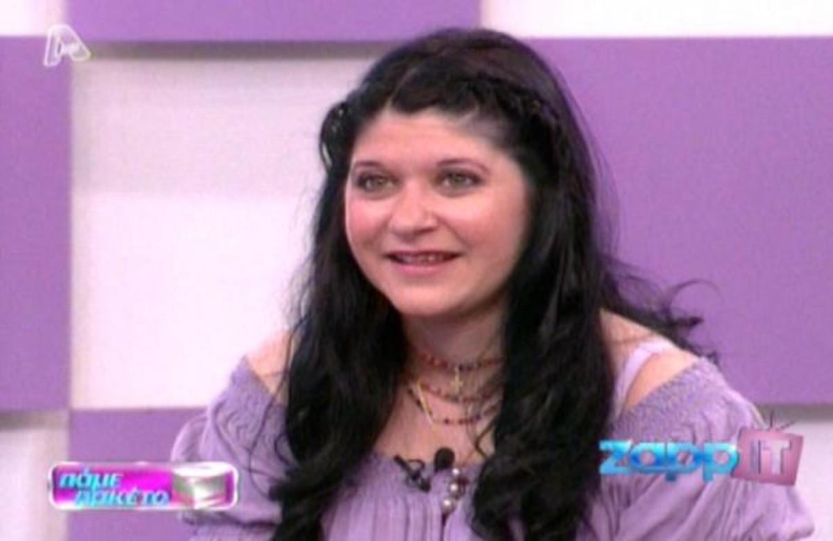 Πώς αντιδρά όταν αντικρίζει τη μητέρα της που την είχε αφήσει σε ίδρυμα; | Newsit.gr