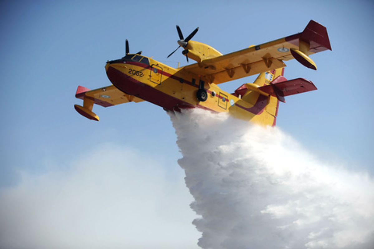 Η φωτιά στην Κόρινθο πήρε διαστάσεις | Newsit.gr
