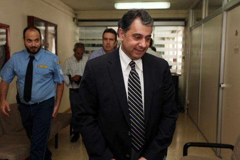 ΕΣΕΕ: Ζητά επαναφορά των κατώτατων μισθών στα προ κρίσης και τριετές πάγωμά τους | Newsit.gr