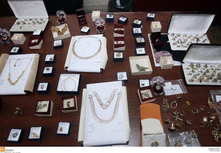 Ζάκυνθος: «Χρυσές» δουλειές έκαναν οι διαρρήκτες στο κέντρο της πόλης | Newsit.gr
