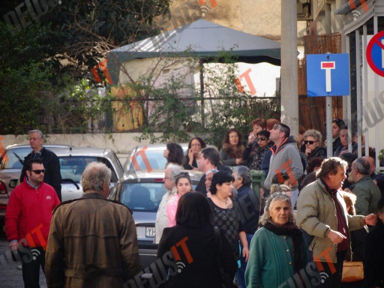 Παντελής Παντελίδης: Θρήνος στην γειτονιά του – Η σορός του θα μεταφερθεί στο σπίτι των γονιών του | Newsit.gr