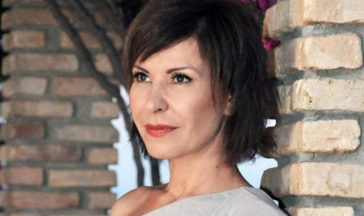 Κωνσταντίνα: Ετοιμάζει τραγούδι για τον αγνοούμενο πατέρα της!   Newsit.gr