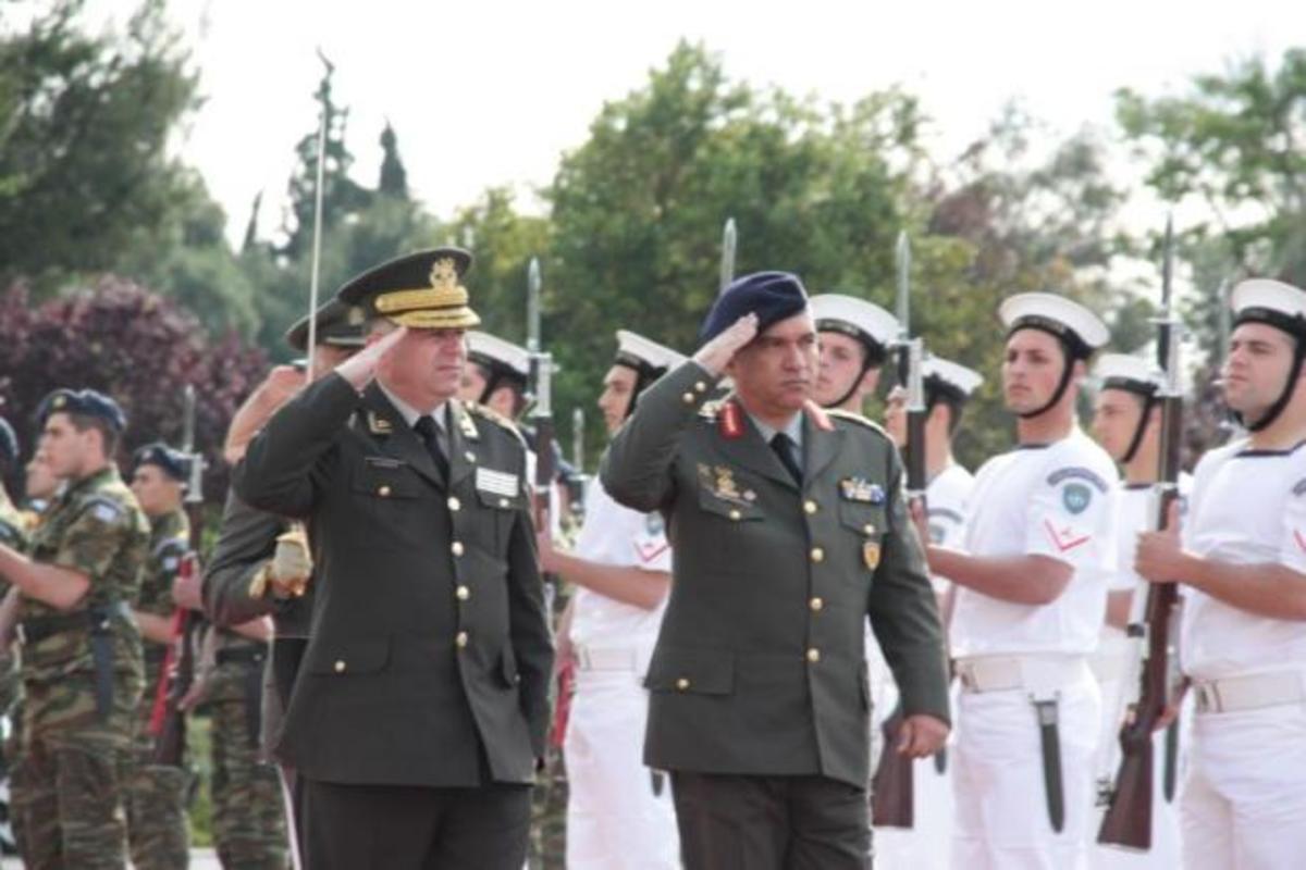Τι λέει για το «γένος» στις στρατιωτικές σχολές ο Α/ΓΕΕΘΑ – Ποιους δεν θα αφορά η ρύθμιση | Newsit.gr