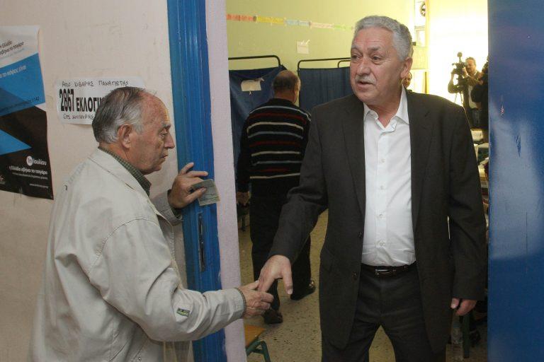 «Κούρεμα» των δανείων ιδιωτών ζητά ο Φ. Κουβέλης | Newsit.gr