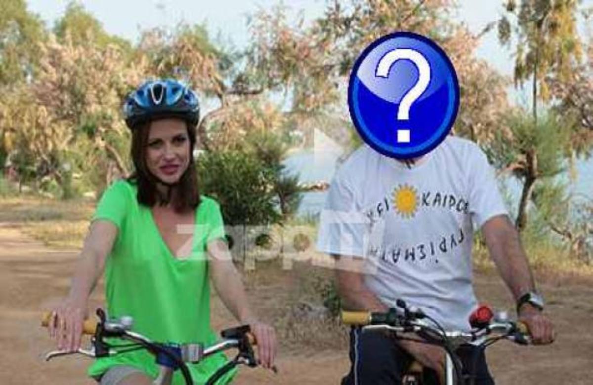 Πρόσωπο έκπληξη κάνει ποδήλατο σε εκπομπή! | Newsit.gr