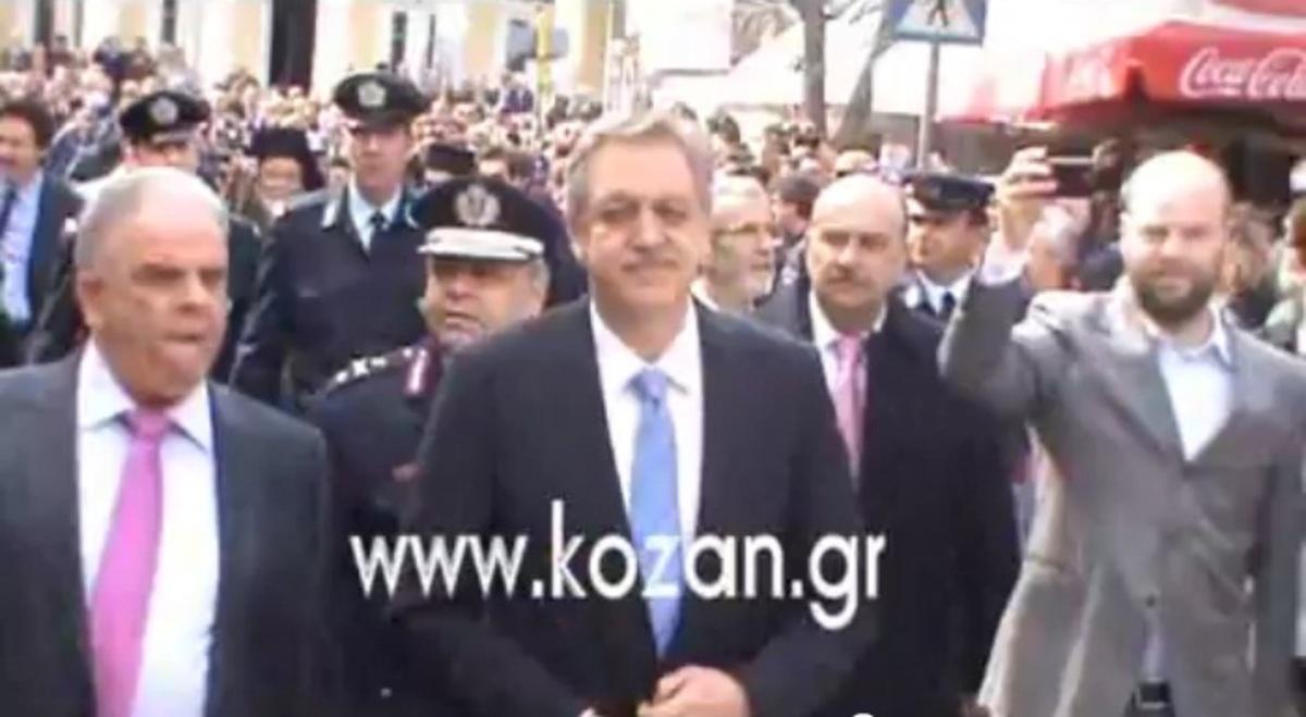 Κοζάνη: Μούντζες, βρισιές και κατάρες… στον Υφυπουργό Εσωτερικών | Newsit.gr