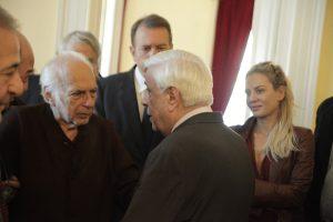 """Νίκος Κούνδουρος: Το """"αντίο"""" προσώπων του πολιτικού κόσμου"""