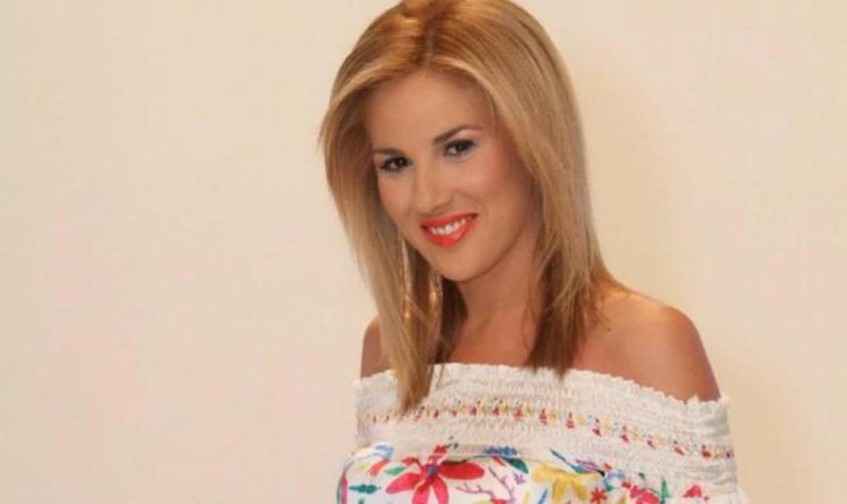 Νυφούλα ντύνεται σήμερα η Ντόρα Κουτροκόη! | Newsit.gr
