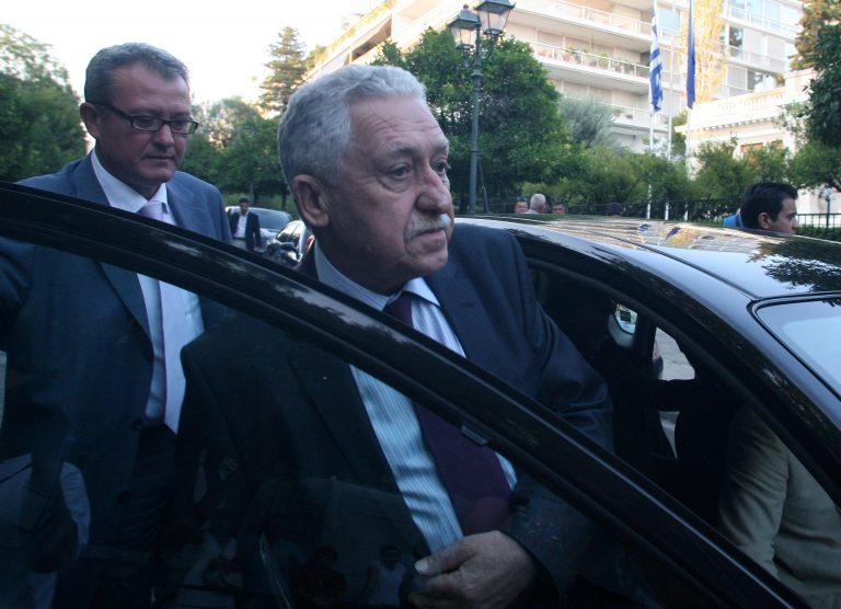 Τα έσπασαν για την εφεδρεία – Άγρια κόντρα Κουβέλη-Στουρνάρα με θεατή τον Σαμαρά! | Newsit.gr