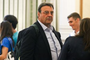 Κούβελος: «Καμία συμφωνία με τον Καπράλο»