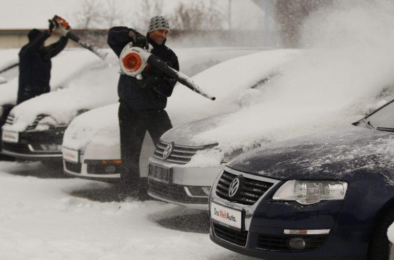 Σύγκρουση λεωφορείων στην Κροατία λόγω των χιονοπτώσεων – Προβλήματα στις συγκοινωνίες της Σλοβενίας | Newsit.gr