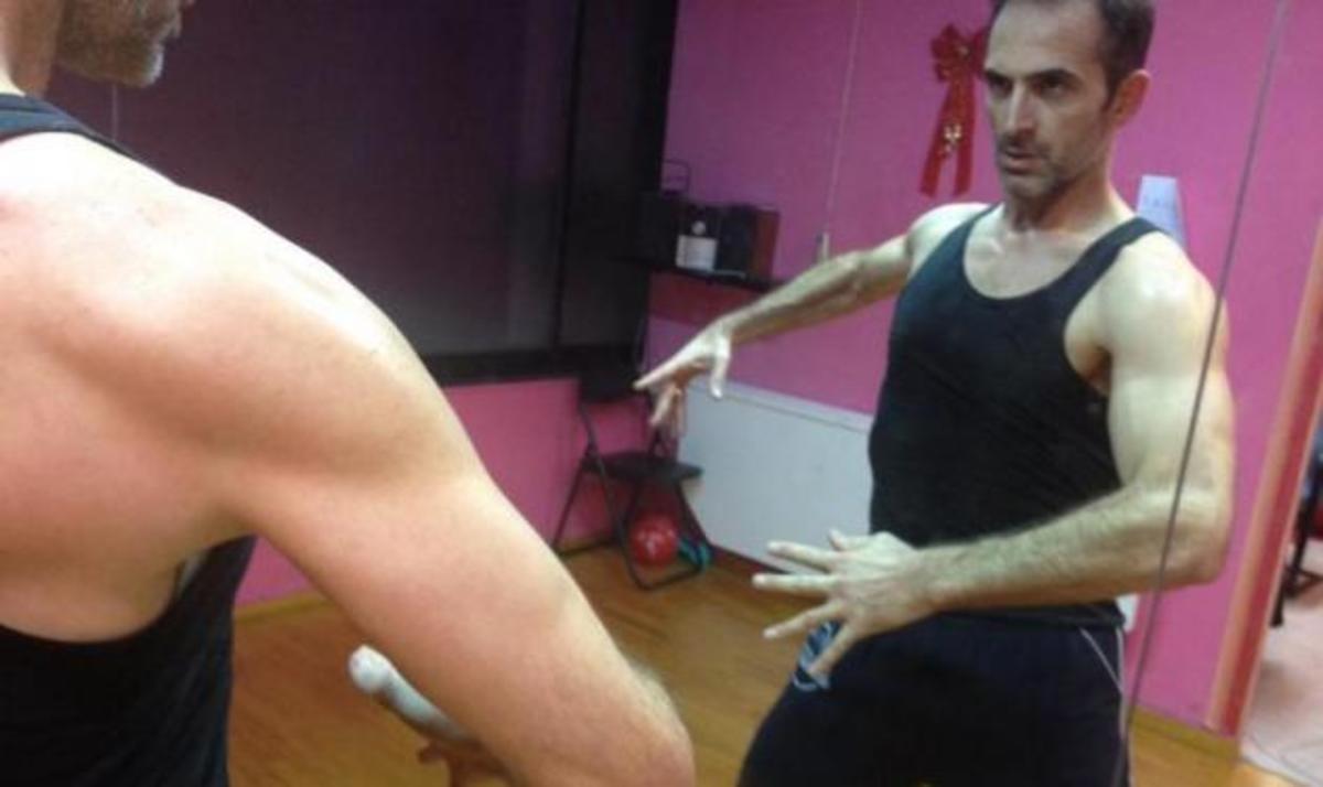 Ο greek lover Κ. Κρομμύδας «ξαναχτυπά»! Video | Newsit.gr