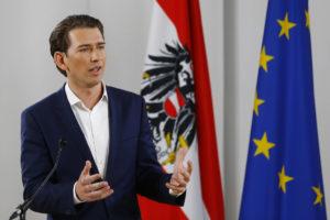 Ο Κουρτς εξελέγη πρόεδρος του Λαϊκού Κόμματος στην Αυστρία και πάει σε πρόωρες εκλογές