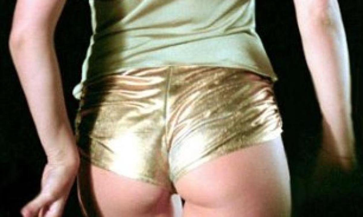 Kylie Minogue εναντίον Pippa Middleton! Την προκαλεί σε έναν αγώνα… γλουτών! | Newsit.gr