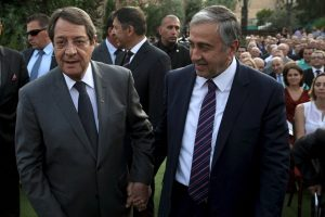 Κυπριακό – Έξαλλος με Ακιντζί ο Αναστασιάδης: Η υπομονή έχει όρια