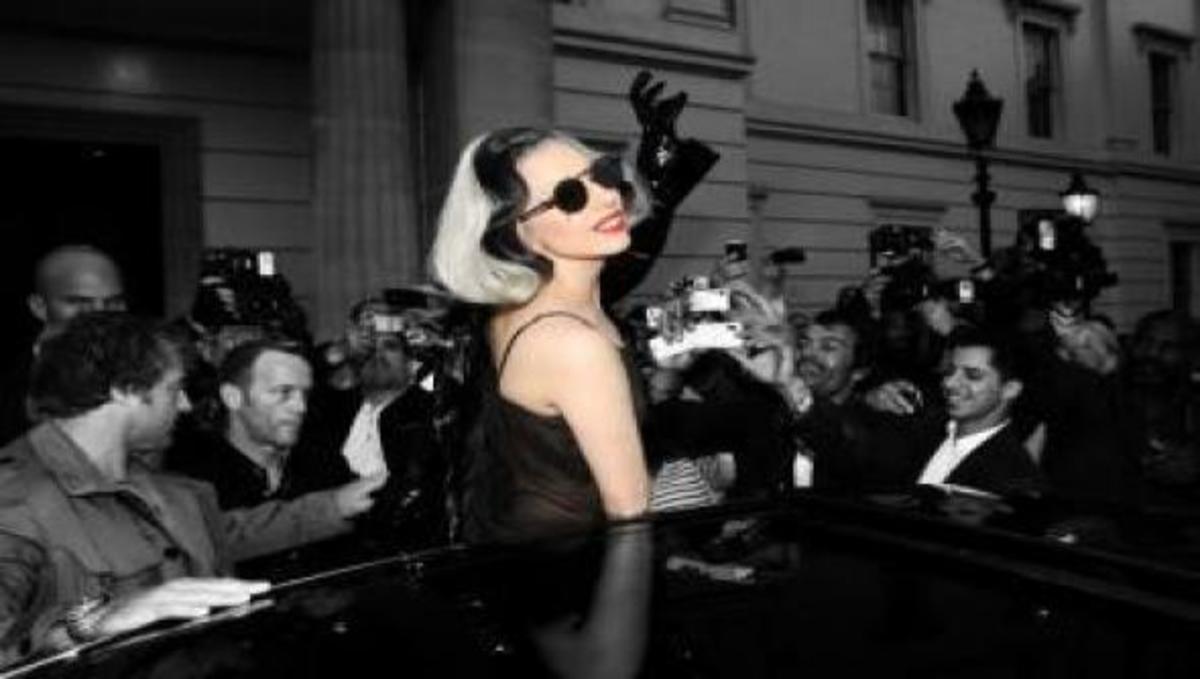 Η Lady Gaga σπάει τα ρεκόρ! | Newsit.gr